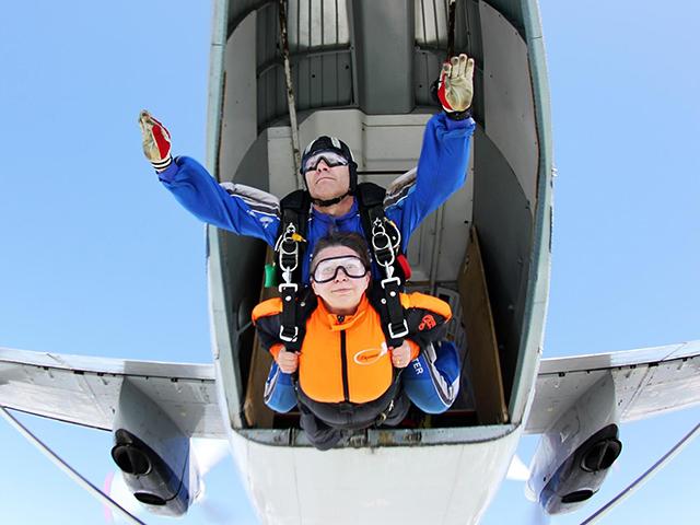 2 прыжка с парашютом в тандеме (с фото/видео) от poletomania
