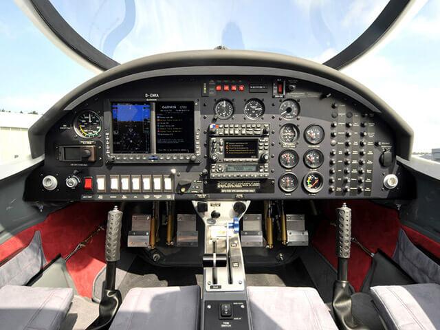 60 минут полета на Aquila A210 от poletomania